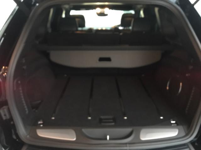 トレイルホーク 100台限定生産 特別仕様車 ガラスコーティング施工済み ワンオーナー 禁煙車 純正アルパイン製プレミアムサウンドシステム ボンネットデカール レザーシート 純正ナビ ETC エアサスペンション(41枚目)