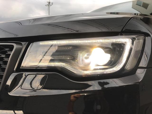 トレイルホーク 100台限定生産 特別仕様車 ガラスコーティング施工済み ワンオーナー 禁煙車 純正アルパイン製プレミアムサウンドシステム ボンネットデカール レザーシート 純正ナビ ETC エアサスペンション(46枚目)