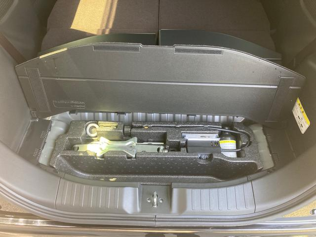 当店の在庫車両は全てガラスコーティング済みです。車両にツヤがでますし、洗車の際も水洗いだけでも汚れがかなり落ちます♪