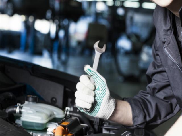 お車でお越しの場合のアクセスは阪神守口JCTから約10分・名神吹田ICから約20分・近畿道摂津北ICから約20分です。
