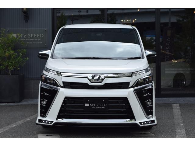 ZS煌II 7人乗 ZEUS新車カスタムコンプリート(4枚目)