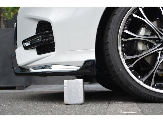 4WD アブソルート センシング付 ZEUS新車コンプリート(9枚目)
