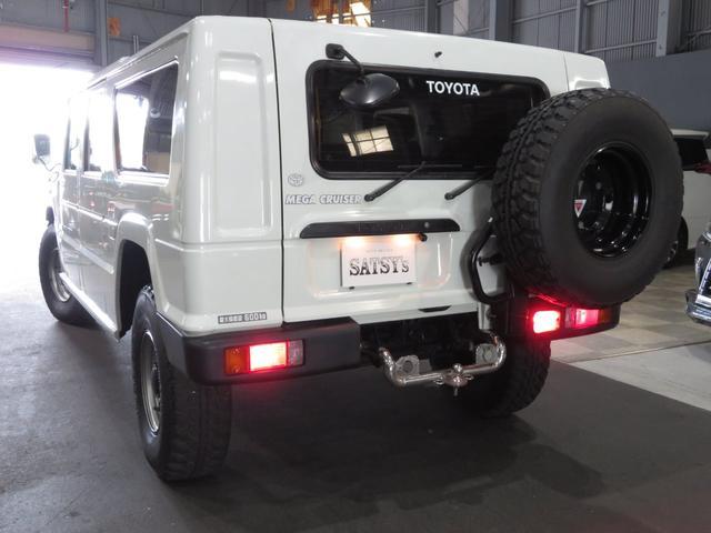 「トヨタ」「メガクルーザー」「SUV・クロカン」「大阪府」の中古車12