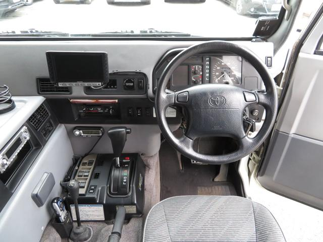 「トヨタ」「メガクルーザー」「SUV・クロカン」「大阪府」の中古車23