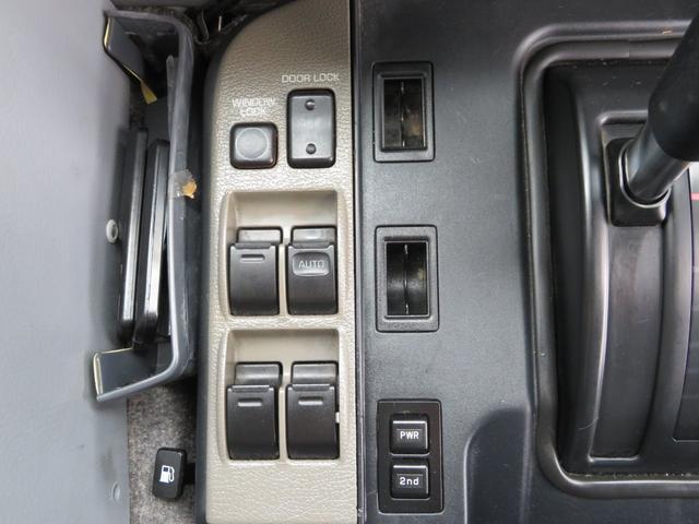 「トヨタ」「メガクルーザー」「SUV・クロカン」「大阪府」の中古車31