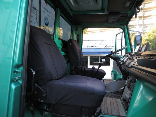 「メルセデスベンツ」「アーバンウニモグ」「SUV・クロカン」「大阪府」の中古車33