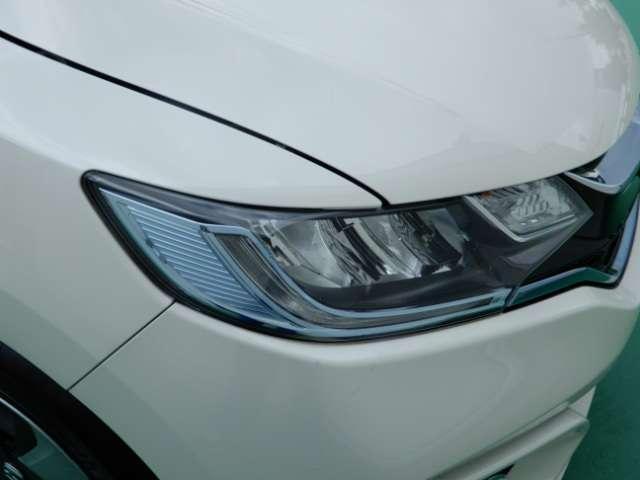 ★LEDヘッドライト装備車★ LEDライトは、明るく視認性が良く、省エネで環境にもやさしいヘッドライトです!