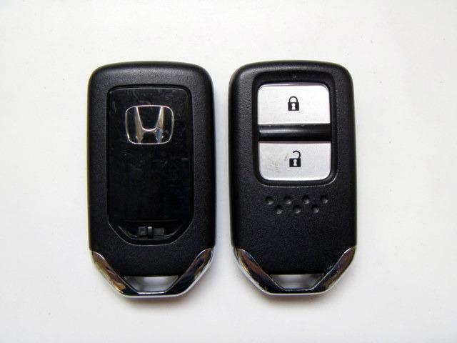 13G・Fパケiphone対応USB付CDスマートキーETC(3枚目)