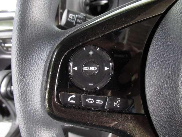 G・Lホンダセンシング iphone対応ナビRカメラETC メモリーナビ バックカメラ ETC ホンダセンシング LEDヘッドライト ETC 両側電動スライドドア サイド&カーテンエアバック ワンオーナー 後席ロールシェード 運転席ハイトアジャスターシート(9枚目)