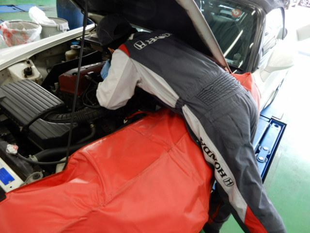 G CDデッキスマトキVSAオートエアコンABS CDデッキ スマートキー オートエアコン ABS 横滑り防止装置 内装ブラック 運転席ハイトアジャスター レベリングヘッドライト ベンチシート プライバシーガラス イモビライザー ドアバイザー(36枚目)