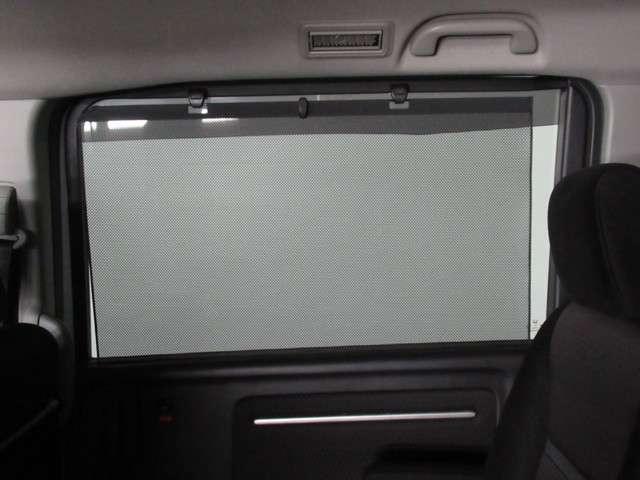 スパーダ ホンダセンシング iphone対応ナビRカメラ iphone対応メモリーナビ バックカメラ 両側電動スライドドア 4WD ドライブレコーダー 地上デジタルテレビ LEDヘッドライト ワンオーナー車両 3列シート セカンドセパレートシート(9枚目)