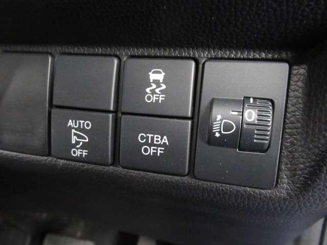 13G・Fパッケージ 衝突軽減1オナ社外LEDバーナー 衝突軽減ブレーキ ワンオーナー車両 社外LEDバーナー 運転席ハイトアジャスター インテリア内装ブラック サイド&カーテンエアバック オートリトラミラー タッチパネルオートエアコン スマートキー(8枚目)