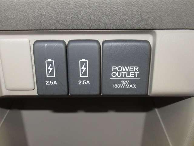 G・L デイスプレイオーデイオRカメラHIDETC ケンウッドDPX6170BTディスプレィオーデイオ バックカメラ デイスチャージヘッドライト ETC USBジャック 運転席ハイトアジャスター ベンチシート 電動サイドブレーキ 内装色アイボリー(12枚目)