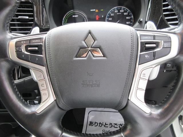 「三菱」「アウトランダーPHEV」「SUV・クロカン」「大阪府」の中古車28