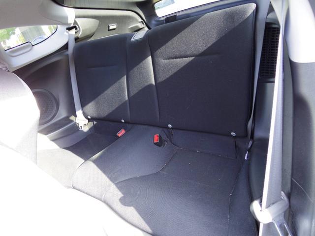 後部座席側シート より使用感少なく状態良好です フラット収納可能 リアハッチ広くお使い頂けます