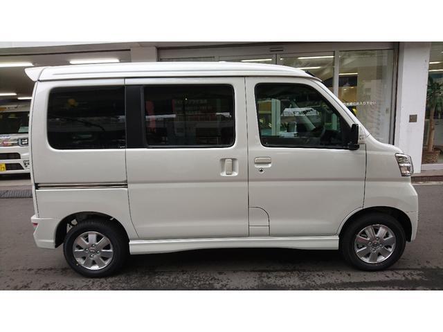 新車 カスタムターボRSリミテッド SAIII(4枚目)