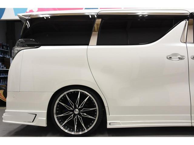 2.5Z Gエディション ZEUSコンプリートカー 22インチAW 車高調 4POTブレーキシステム 4本出しマフラー Wサンルーフ JBLオーディオ 本革シート 後席モニター(41枚目)