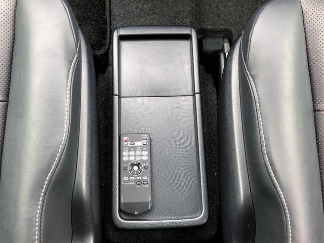 「トヨタ」「エスクァイア」「ミニバン・ワンボックス」「大阪府」の中古車32