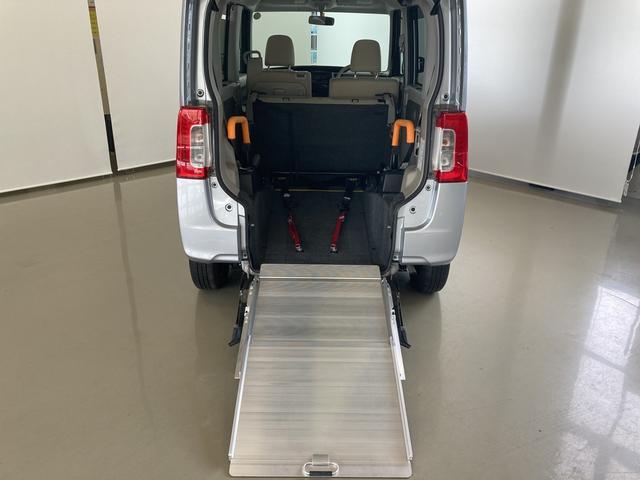 スローパーLリアシート付 福祉車両 車いす移動仕様車 電動ウインチ(21枚目)