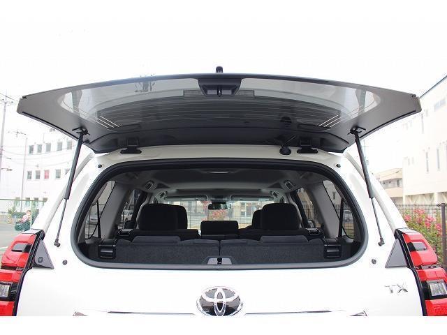 TX 登録済未使用車 サンルーフ・ルーフレール・クリアランスソナー・プリクラッシュセーフティ・レーンディパーチャーアラート・レーダークルーズコントロール・オートハイビーム・LEDヘッドライト(27枚目)