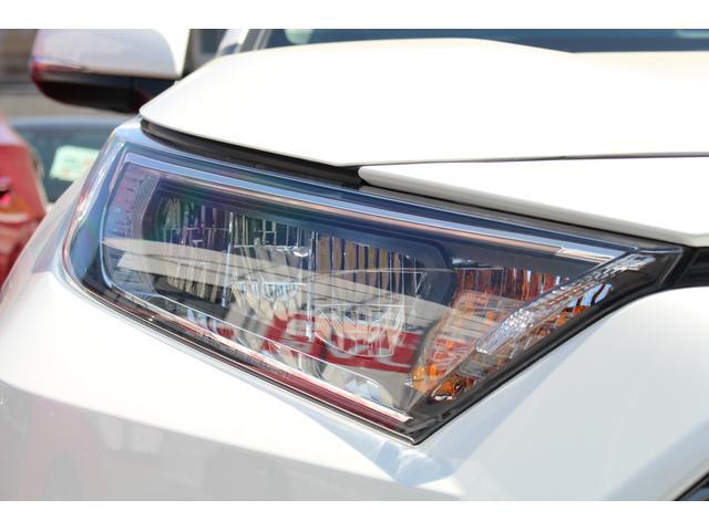 G Zパッケージ 登録済未使用車 衝突軽減ブレーキ サンルーフ シートヒーター オーディオレス パワーシート パノラマルーフ パワーバックドア 合皮レザーシート クルーズコントロール(12枚目)