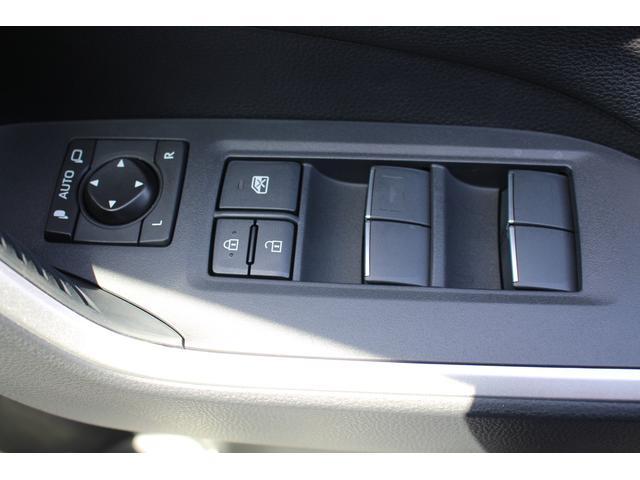 G Zパッケージ 登録済未使用車 衝突軽減ブレーキ サンルーフ シートヒーター オーディオレス パワーシート パノラマルーフ パワーバックドア 合皮レザーシート クルーズコントロール(28枚目)