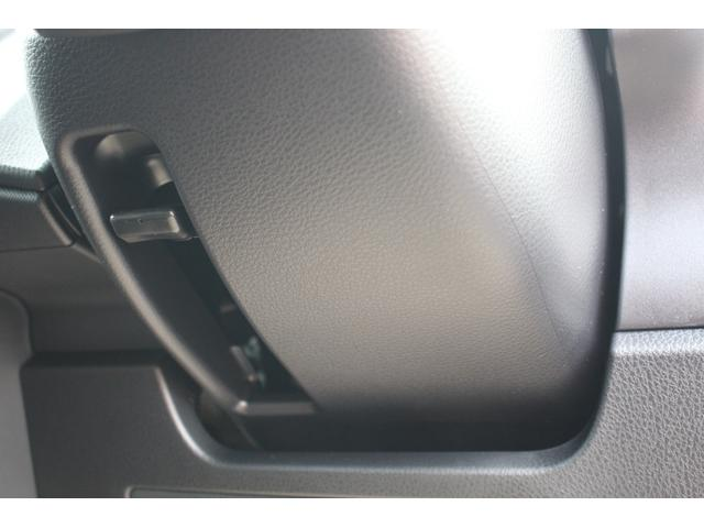 Si ダブルバイビーIII 登録済未使用車 衝突軽減 車線逸脱警報 ナノイーエアコン ハーフレザー LEDルームランプ クリアランスソナー 両側電動スライドドア リヤオートエアコン 7人乗り(34枚目)