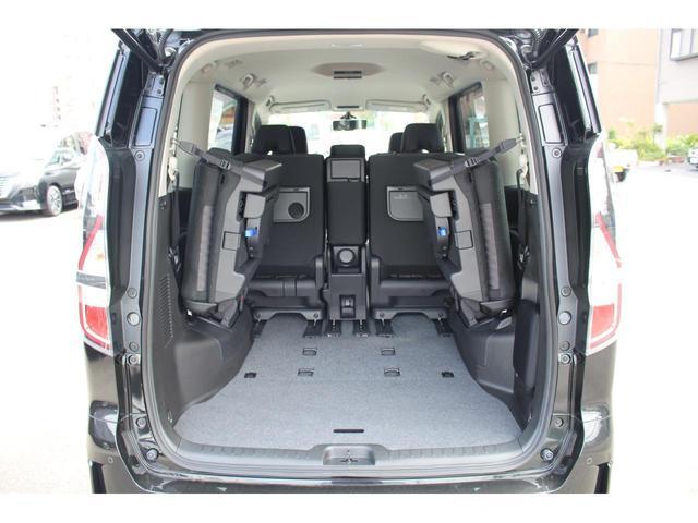 ハイウェイスターV 登録済未使用車 セーフティパックA Wエアコン 快適パック デュアルバックドア オートハンズフリードア アラウンドビュー 衝突軽減 360度セーフティアシスト プロパイロット ふらつき警報 LED(12枚目)