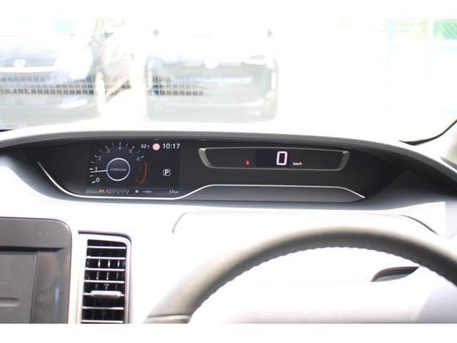 ハイウェイスターV 登録済未使用車 セーフティパックA Wエアコン 快適パック デュアルバックドア オートハンズフリードア アラウンドビュー 衝突軽減 360度セーフティアシスト プロパイロット ふらつき警報 LED(18枚目)