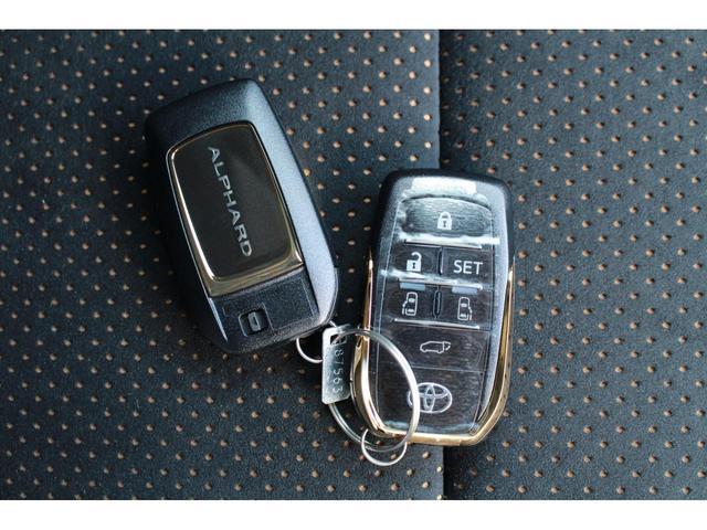 2.5S タイプゴールドII 登録済未使用車 Wサンルーフ ACコンセント パワーバックドア 三眼LEDヘッドライト ディスプレイオーディオ プリクラッシュ レーダークルーズ ハーフレザー レーントレーシング(20枚目)