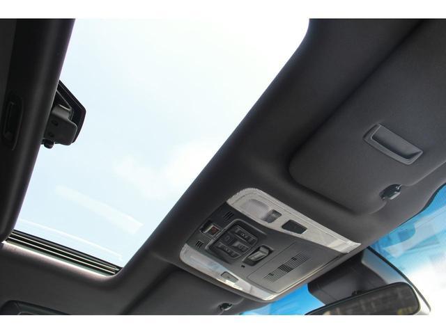 2.5S タイプゴールドII 登録済未使用車 Wサンルーフ ACコンセント パワーバックドア 三眼LEDヘッドライト ディスプレイオーディオ プリクラッシュ レーダークルーズ ハーフレザー レーントレーシング(40枚目)