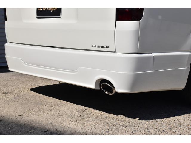 ロングDX オリジナルカスタムコンプリートVer.1 6人乗り 両スラ ベッドキット 木目調インテリアパネル&コンビハンドル 純正ナビ ETC スモークテール バッドフェイス ブラックエンブレム ローダウン(30枚目)