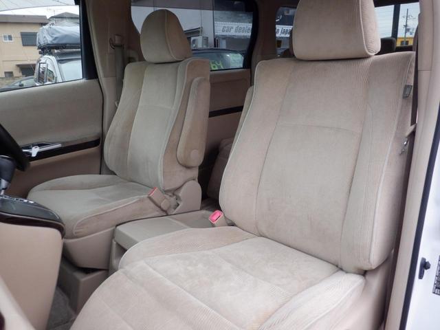 運転席側シート 使用感少なく綺麗です!気持ちよくお乗りして頂けるよう丁寧に室内ルームクリーニングを行いお渡ししております。