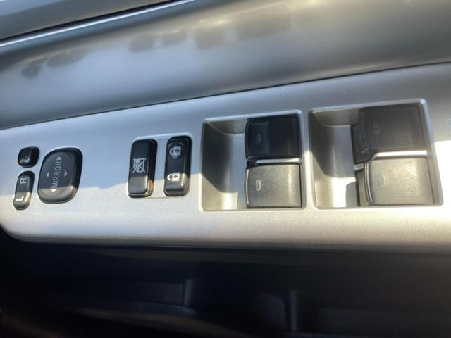 Si 後期型 両側電動スライドドア フリップダウンモニター HDDナビ 地デジ DVD再生 Bluetoothオーディオ バックカメラ ETC プッシュスタート スマートキー HIDライト(18枚目)