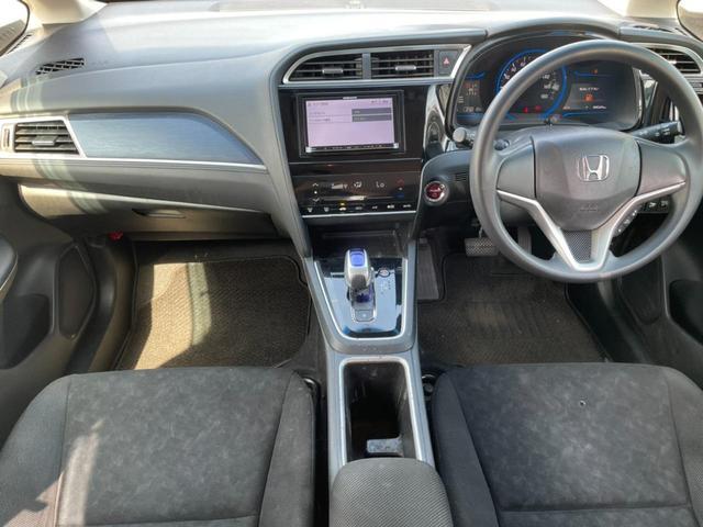 H28 シャトル 1.5ハイブリッド メモリーナビ Bluetooth接続 CD/DVD再生 プッシュスタート スマートキー 横滑り防止 オートエアコン オートライト ETC HIDライト