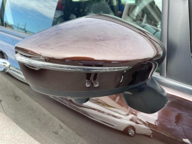 ウィンカー付き電動格納ミラー