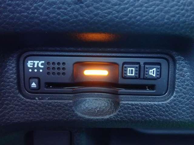 G・Lホンダセンシング オーディオレス リヤカメラ ETC LEDヘッドライト オートライト 左側パワースライドドア スマートキー ベンチシート オートリトラ オートエアコン アルミホイール(3枚目)