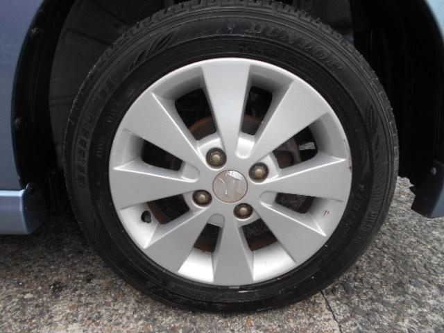 ABSに加えてフロントブレーキも安心のディスクブレーキ。