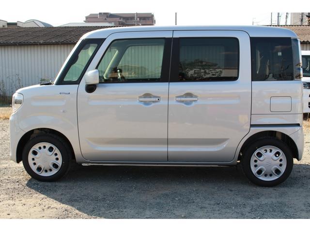 【軽の森 泉大津店】は、新車も取扱いしております。カタログも多数ご用意しております♪