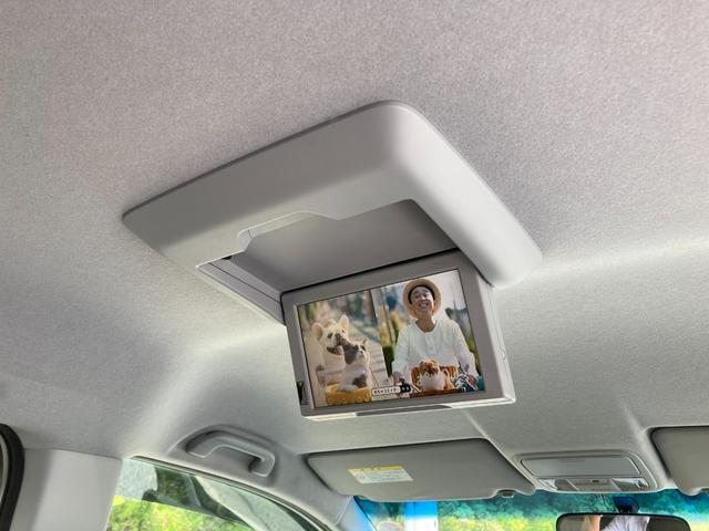 クールスピリット ユーザー買取・純正ナビ・フルセグ・後席モニター・全周囲カメラ・ETC・両側電動スライド・アクティブコーナリングライト・スマートキー(7枚目)