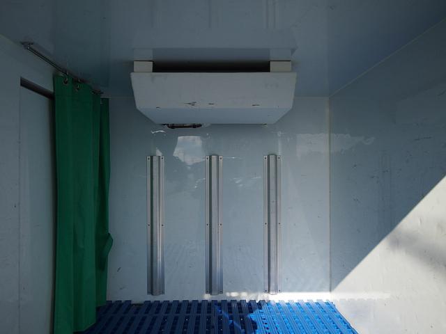 冷蔵冷凍車 -30°C設定 AT車 バックモニター付き(20枚目)
