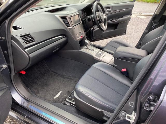 2.5GTターボ Sパッケージ 4WD HID ナビ ETC(17枚目)