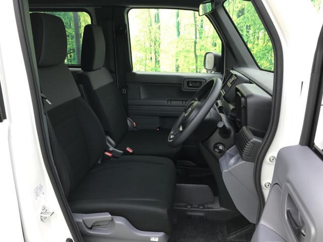 【ルームクリーニング】車内の気になる汚れやにおいがある場合はルームクリーニング&光触媒コーティングがオススメ!きれいに乗っていただくことができます☆
