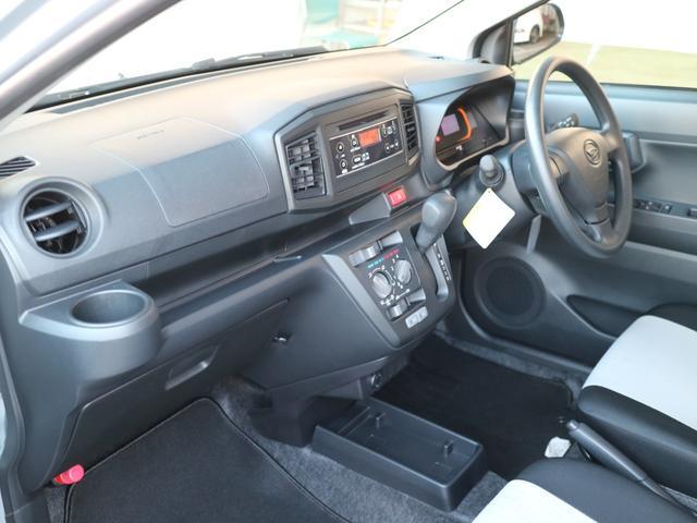明るくモダンな雰囲気となっており、最新モデルの展示車・試乗車を多数ご用意しております。