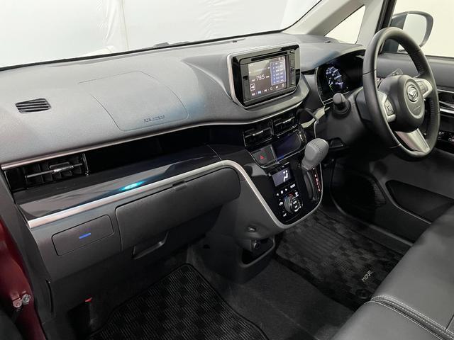 当社試乗車UP車 6.8インチディスプレイオーディオ付き LEDヘッドランプ パノラマモニター 15インチアルミホイール 運転席シートヒーター(3枚目)