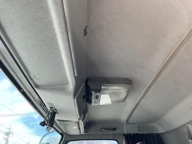 「その他」「ギガ」「トラック」「大阪府」の中古車33