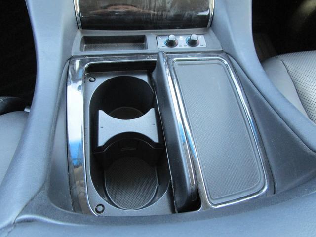 SR ・ワンオーナー・後席モニター・純正9インチナビ・ドライブレコーダー・レザーシート・プリクラッシュセーフティ・クリアランスソナー・BSM・シートヒーター&エアコン・LEDヘッドライト・パワーシート・(68枚目)
