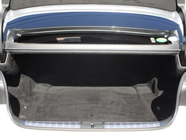 LS500h Iパッケージ ・後期モデル・本革シート・3眼LEDヘッドライト・純正19インチアルミホイール・パノラミックビューモニター・プリクラッシュ・クリアランスソナー・BSM・HUD・シートヒーター&エアコン・USBポート・(78枚目)