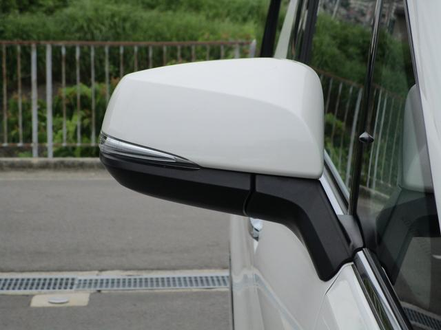 ZR ・後席モニター・レザーシート・純正9インチナビ・シートヒータ&エアコン・LEDヘッドライト・プリクラッシュ・クリアランスソナー・100V電源・純正17インチアルミホイール・両側パワースライドドア・(30枚目)