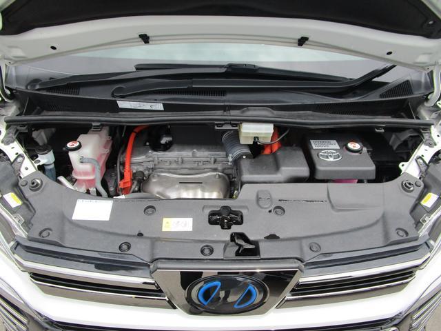 ZR ・後席モニター・レザーシート・純正9インチナビ・シートヒータ&エアコン・LEDヘッドライト・プリクラッシュ・クリアランスソナー・100V電源・純正17インチアルミホイール・両側パワースライドドア・(80枚目)